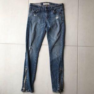 Elizabeth and James Textile Davis Skinny Jeans